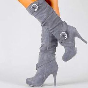 [ Steve Madden] Grey boots